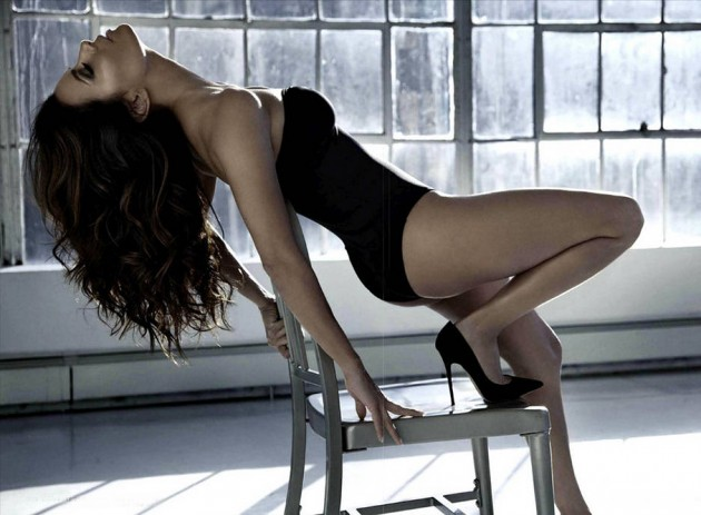 eva-longoria-gq-mexico-photos-1-630x463