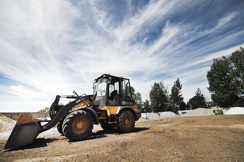 john_deere_tractor_construction